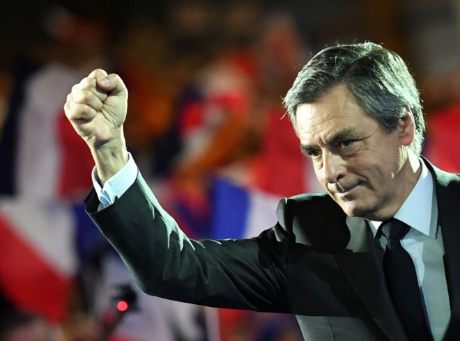 Tensions-et-divisions-autour-du-rassemblement-pro-Fillon-au-Trocadero